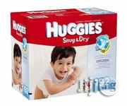 Huggies Snug and Dry Diapers Size 4 192 Count | Baby & Child Care for sale in Lagos State, Surulere