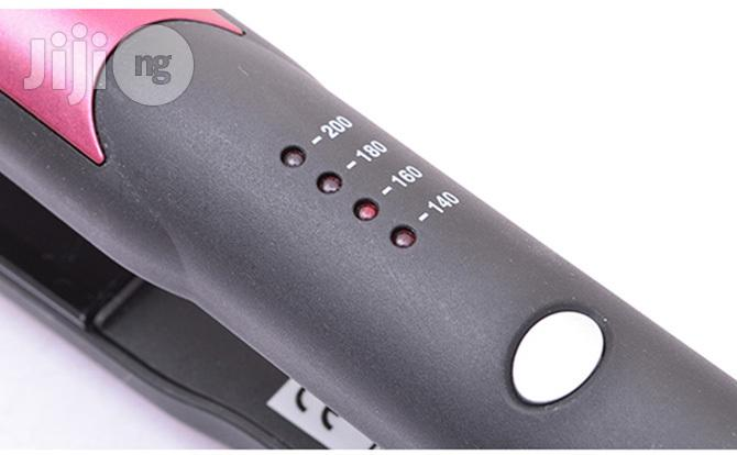 Nicky Clarke Frizz Control Professional Straightener | Tools & Accessories for sale in Lagos Island, Lagos State, Nigeria