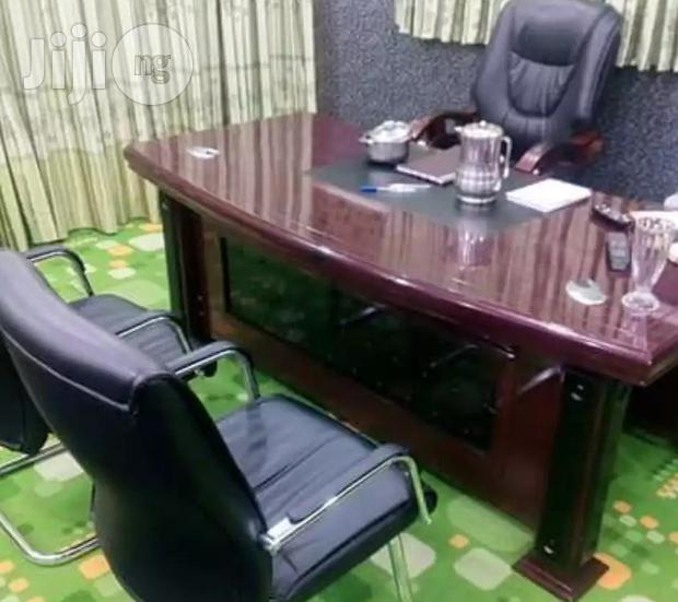 Superb 1.6 Meters Executive Office Table