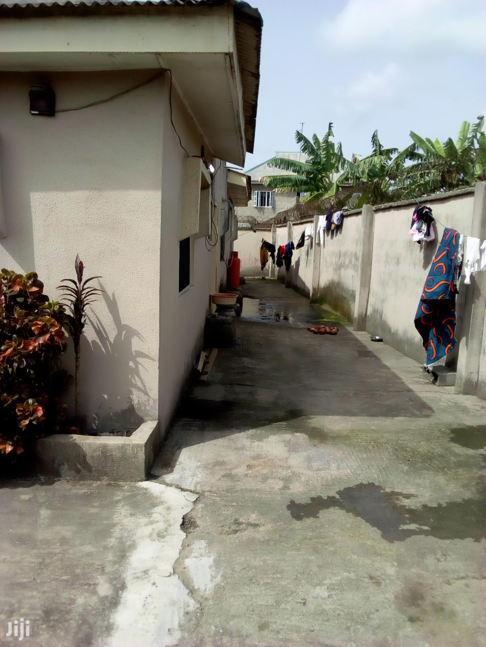 Clean 3 Bedroom Bungalow At Alaran Unity Estate Mowo Badagry For Sale.   Houses & Apartments For Sale for sale in Badagry, Lagos State, Nigeria