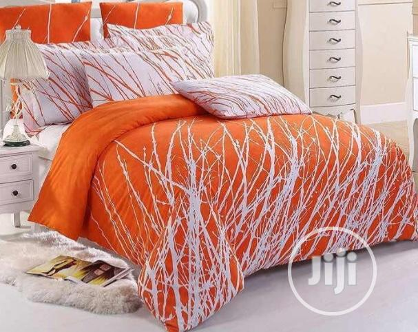 6 By 6 Orange Bedsheets With Duvet