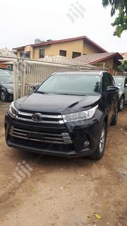 Toyota Highlander 2018 XLE 4x4 V6 (3.5L 6cyl 8A) Red | Cars for sale in Lagos State, Surulere