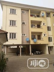 Serviced 3bedroom Flat In Onike, Yaba For Sale | Houses & Apartments For Sale for sale in Lagos State, Yaba