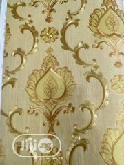 """""""Gold Royalty"""" (By Liv Interiors) 