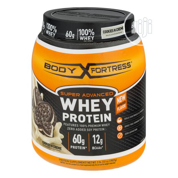 Body Fortress Super Advanced Whey Protein Powder, Cookies Cream- 2LB