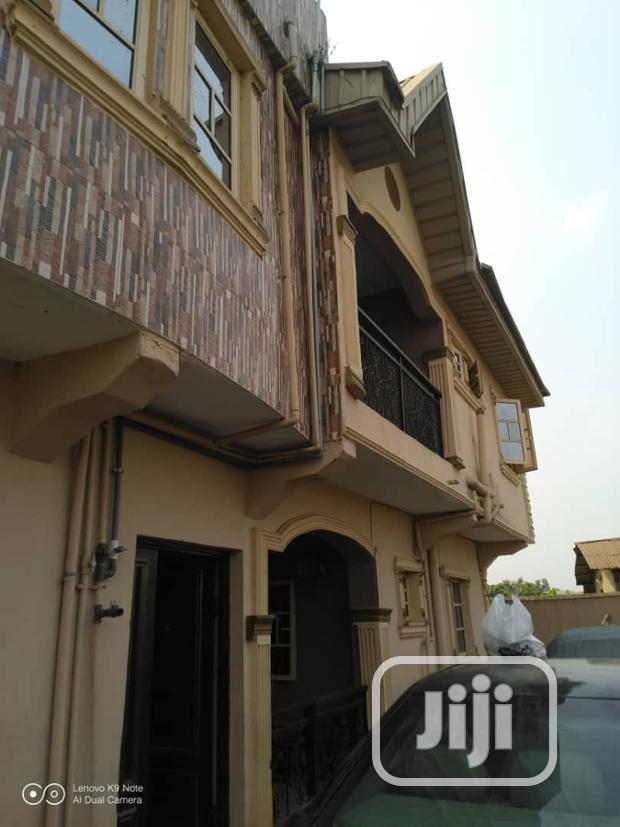 Archive: Spacious 3 Bedroom Flat (Upstairs) at Meiran Road For Rent.