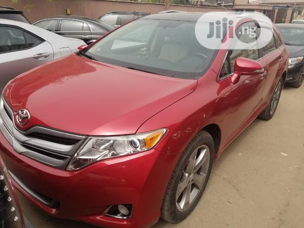 Archive: Toyota Venza 2015 Red