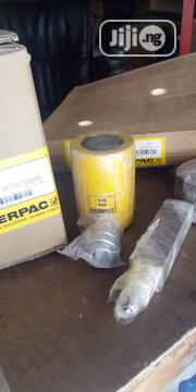 Liffting Tons Jack | Manufacturing Materials & Tools for sale in Rivers State, Port-Harcourt