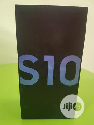New Samsung Galaxy S10 128 GB Blue