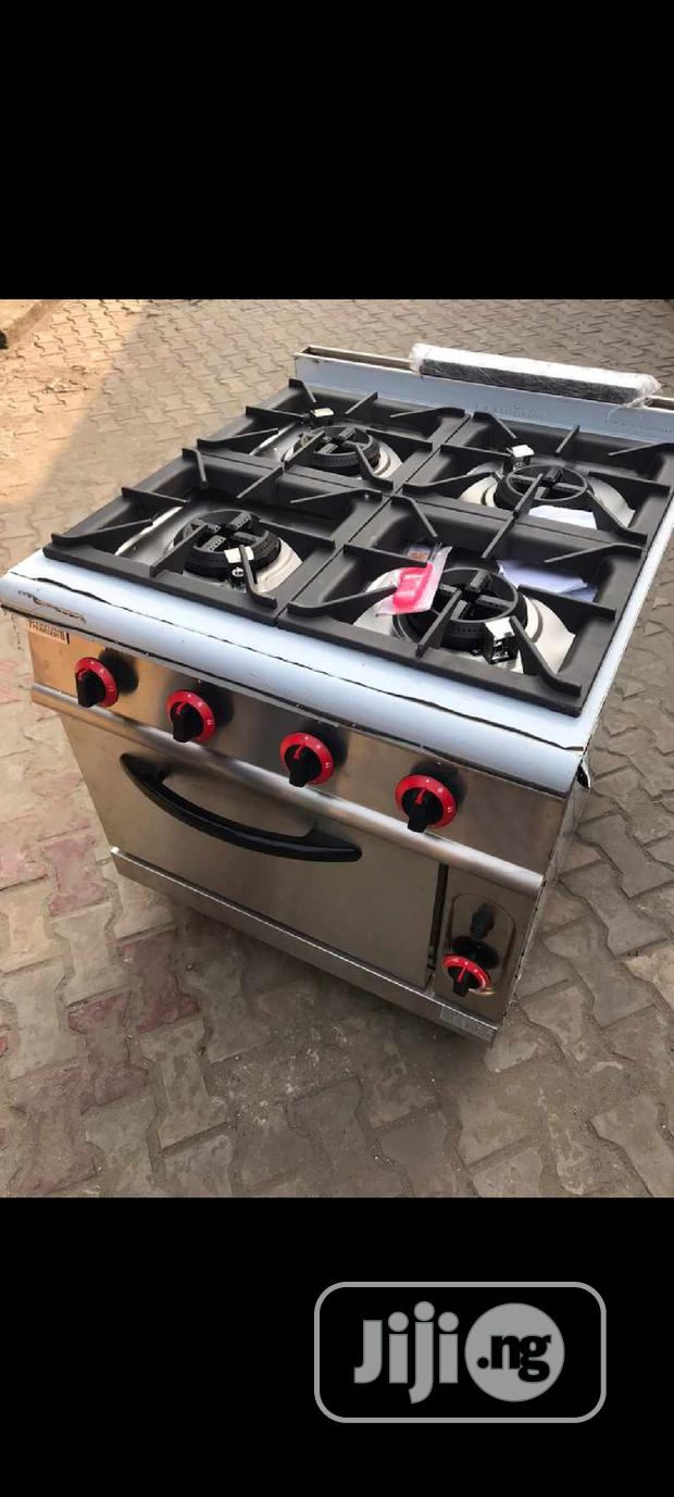 Four Burners Gas Cooker With Oven