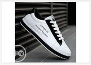 Trendy Unisex Sneakers-White and Black | Shoes for sale in Abuja (FCT) State, Central Business District