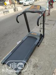 Neat Tokunbo/Fairly Use 4.5hp Iron Man 4000 Auto Incline Treadmill | Sports Equipment for sale in Lagos State, Surulere