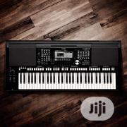 Yamaha PSR S975 Keyboard | Musical Instruments & Gear for sale in Lagos State, Ojo