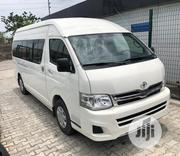 Clean Tokunbo Toyota Hummer Bus 2012 White | Buses & Microbuses for sale in Lagos State, Mushin