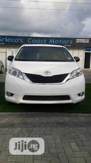 Toyota Sienna 2013 LE AWD 7-Passenger White | Cars for sale in Lagos State, Lekki Phase 2