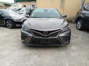 Toyota Camry 2018 SE FWD (2.5L 4cyl 8AM) Gray   Cars for sale in Lagos State, Amuwo-Odofin