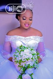 Ball Wedding Dress For Rent With Veil And Petticoat | Wedding Wear for sale in Anambra State, Idemili