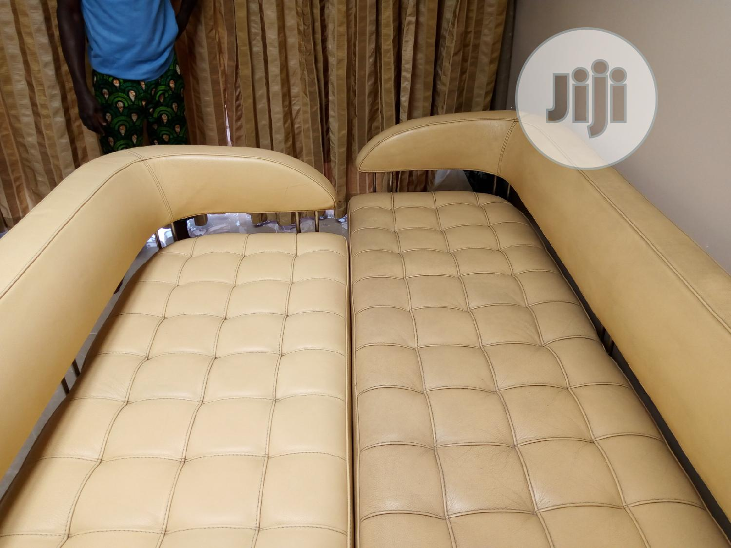 Leather Chair Sofa Cleaning And Polishing