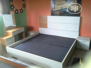 Set Of Bed Nd Dressing Mirror