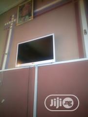 """LG 28"""" TV With Inbuilt DVD 