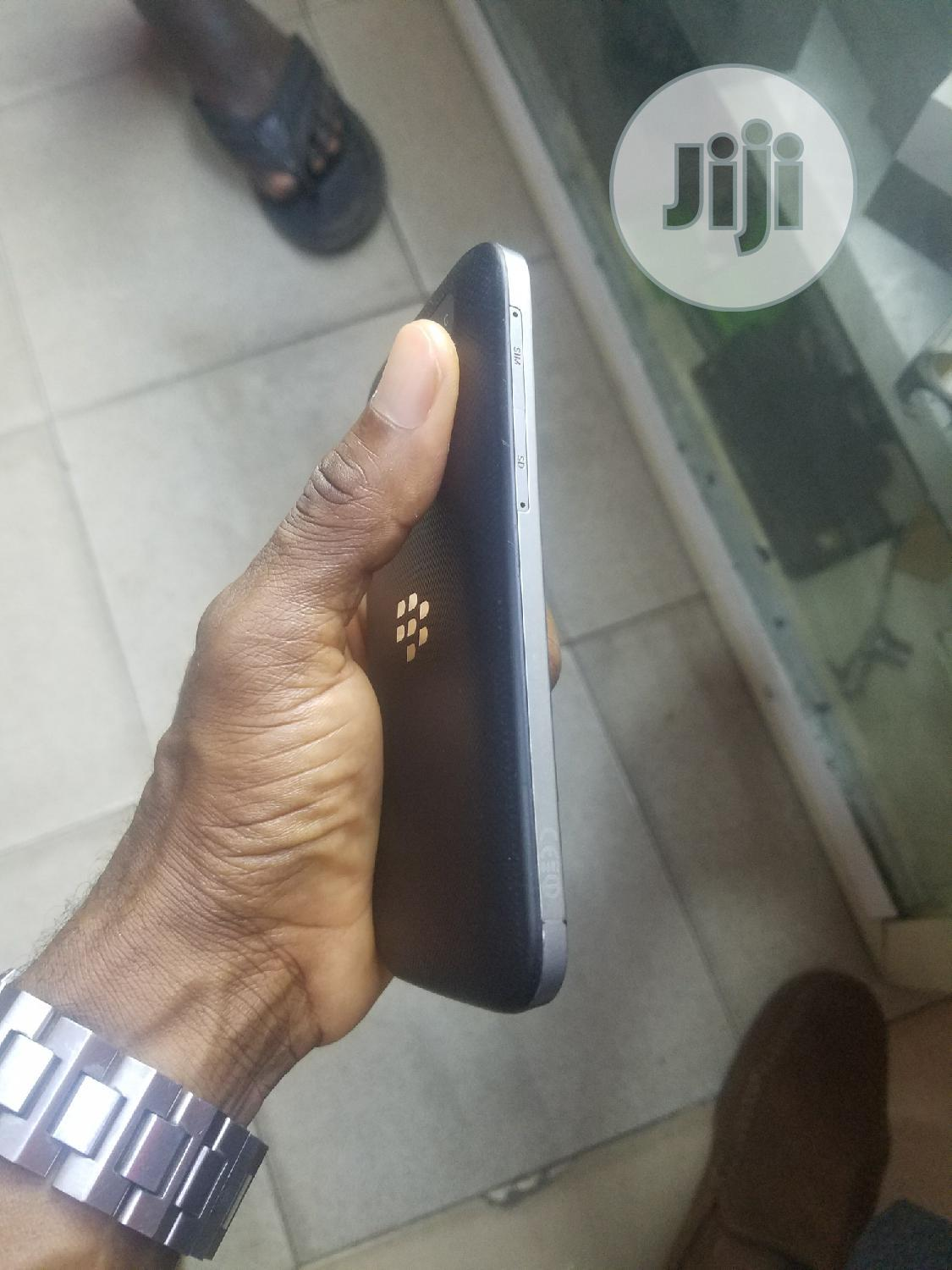 BlackBerry Classic 16 GB Black | Mobile Phones for sale in Ikeja, Lagos State, Nigeria